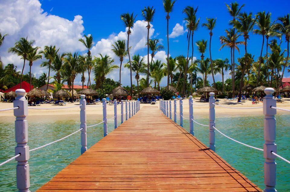 República Dominicana realizará pruebas de antígenos en los hoteles a turistas para regresar a su país